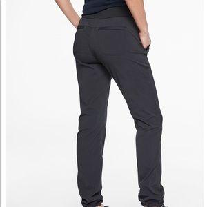 Athleta Pants - ATHLETA  Black Trekkie Hike pants